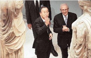 Εντυπωσιάστηκε από το αρχαίο κάλλος ο ΓΓ του ΟΗΕ