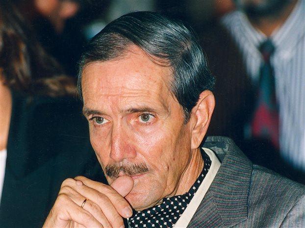 Πέθανε ο Νίκος Φώσκολος - Ο χρυσοδάκτυλος του εμπορικού θεάματος