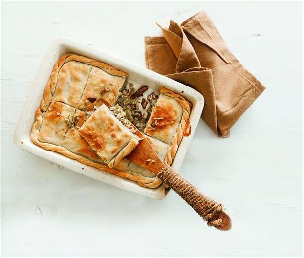 Πίτα με συκωτάκια, μανιτάρια και αρωματικά